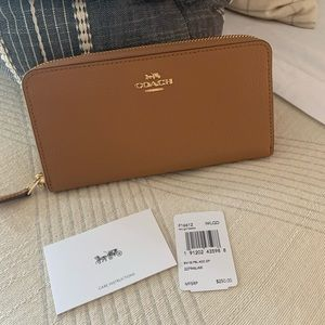 Coach Wallet in Light Saddle Color